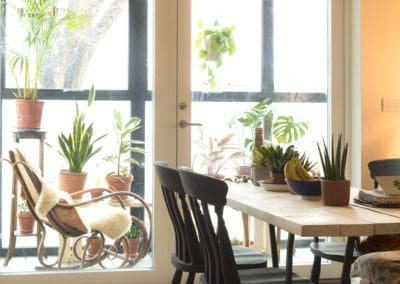 Hope Rise - large property - dining and balcony